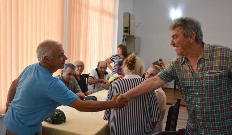 Жители на с. Крушовица и Липница поставиха редица въпроси пред Иван Генов